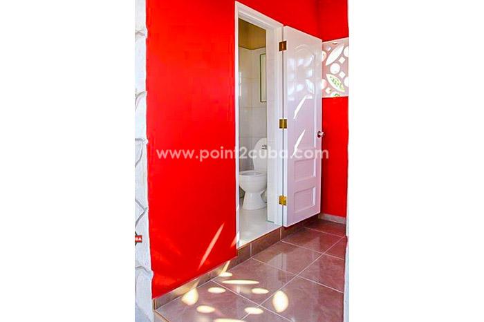 RHHEOF20 5BR /2 floors Beach House with pool In Guanabo