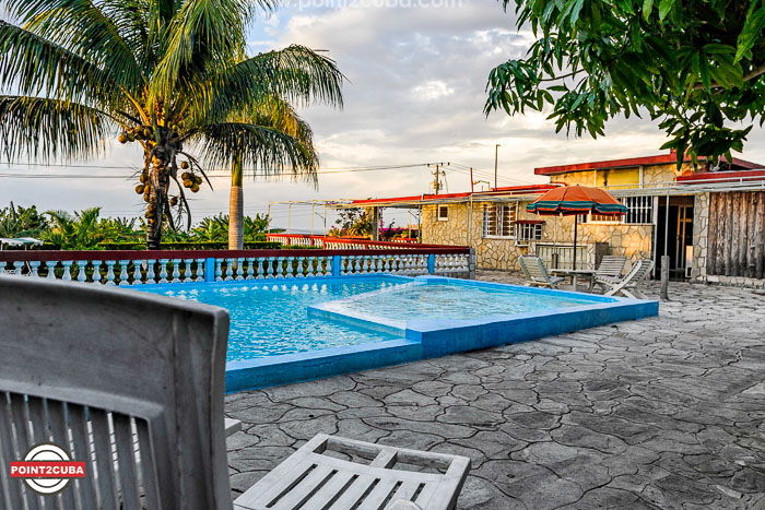 Rhheof40 house with swimming pool in guanabo cuba - Houses with swimming pools for rent ...