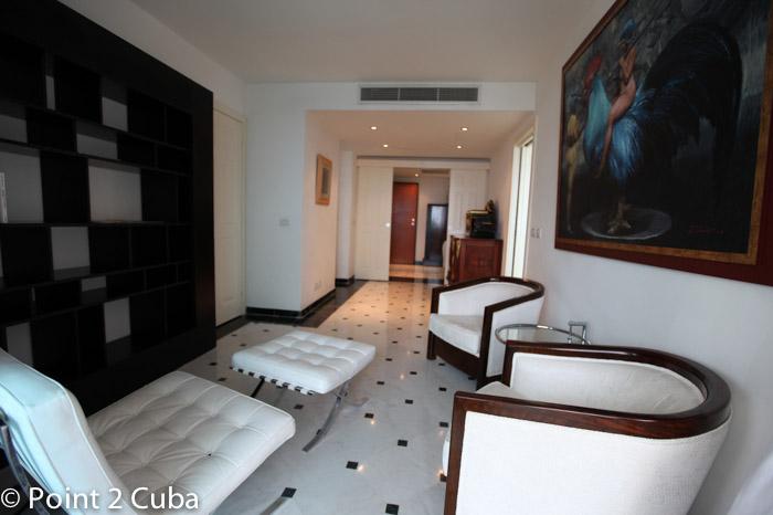 RHPLZOF14 4BR Luxury Penthouse North Atlantic in Havana