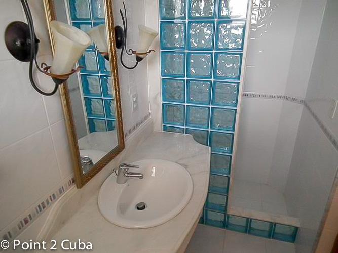 RHPLZC50 3BR Penthouse in Vedado