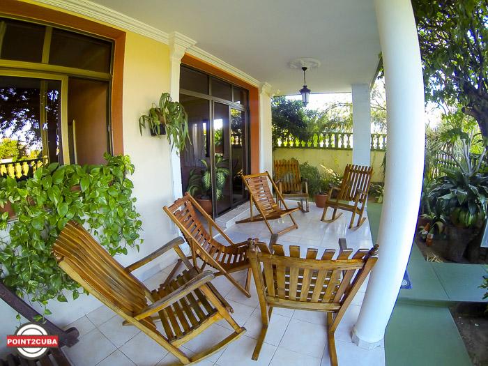3BR/3BT Calle 22 y 3ra Casa Margarita Medina