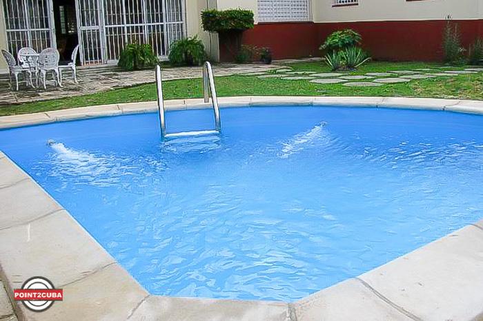 RHPLOF13 House in Miramar 5 Ave, Havana