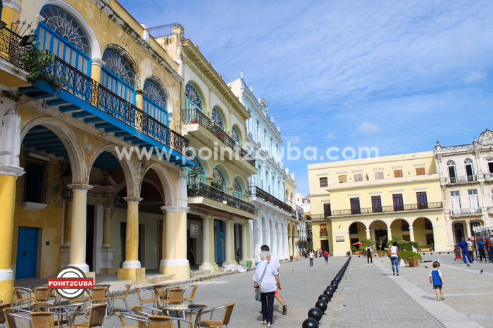 RHHVOF27 Gorgeous 1BR Apartment in Plaza Vieja Old Havana