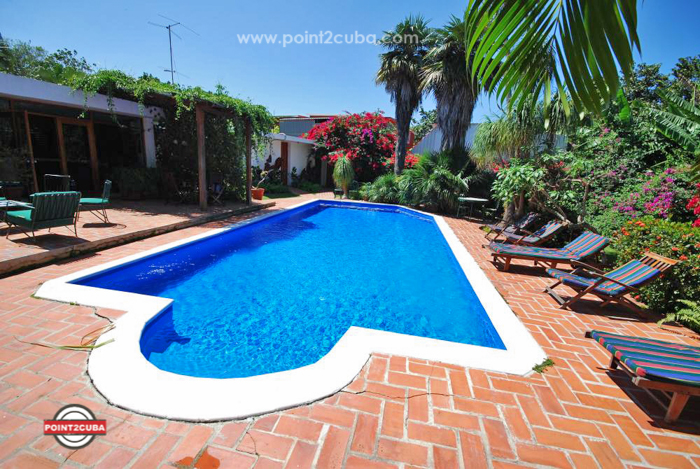 Rhplof04 4br house with swimming pool in siboney havana - Houses with swimming pools to rent ...