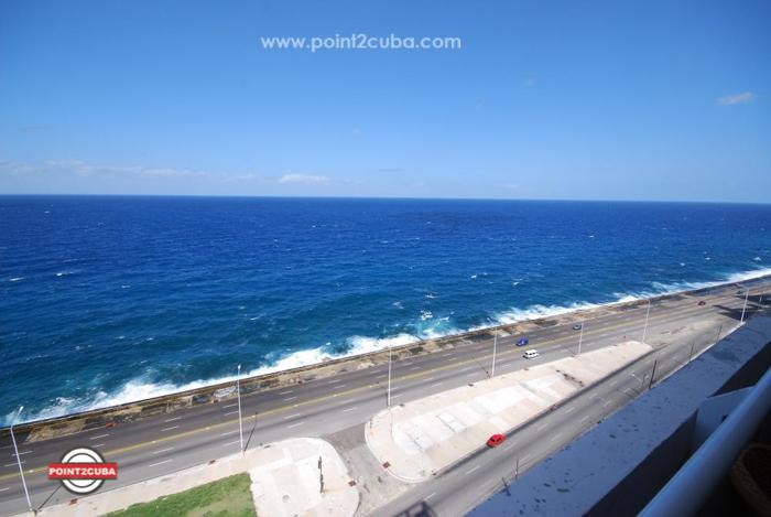 RHPLZOF08 Atlantic 2BR Ocean view Condo in Vedado