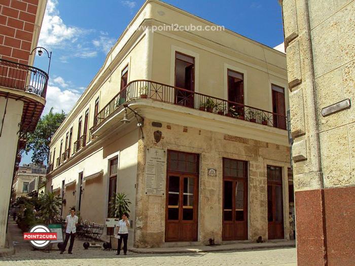RHHVAL01 2BR Elegant apartment in Old HavanaRHHVAL01 2BR Elegant apartment in Old Havana