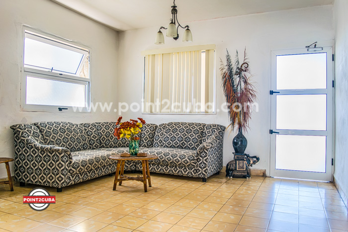 RHHEOF27 Beach front apartment in Guanabo