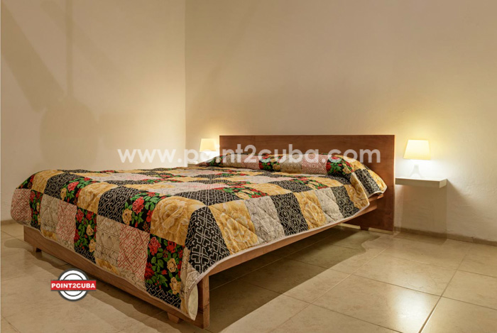 RHPLZLB33 2 BR modern apartment in Vedado