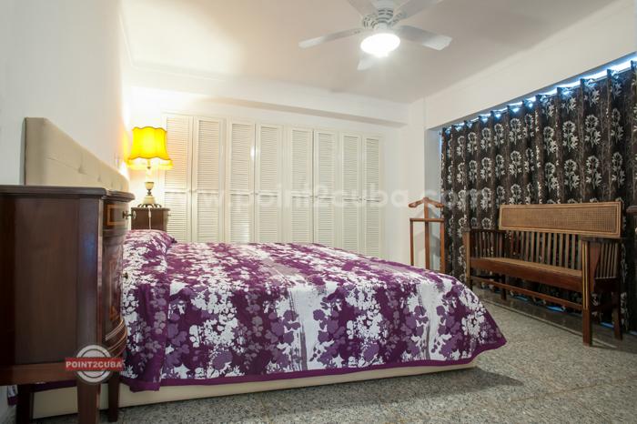 RHPLZOF11-3BR-apartment-for-rent-in havana