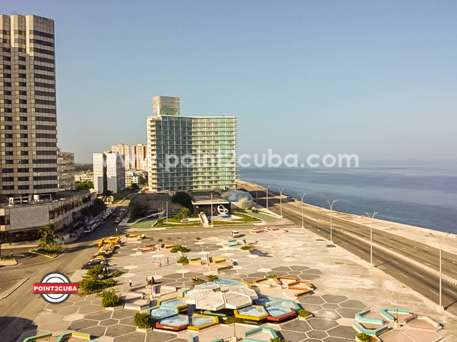 RHPLZC38 2BR/2BT Ocean view Apartment in Vedado