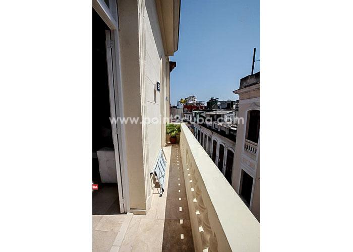RHHVOF13 1BR/1BT Apartment in Old Havana