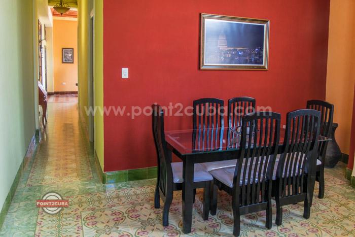RHHVOF10 3BR Apartment in Old Havana