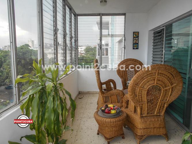 RHPLZOF30 3BR Ocean view Apartment in Vedado