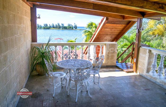 RHPLOF40 4br Ocean front Villa in Jaimanitas