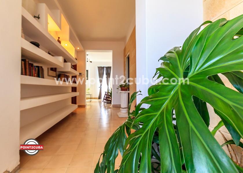 RHPLZOF46 2BR apartment in Vedado