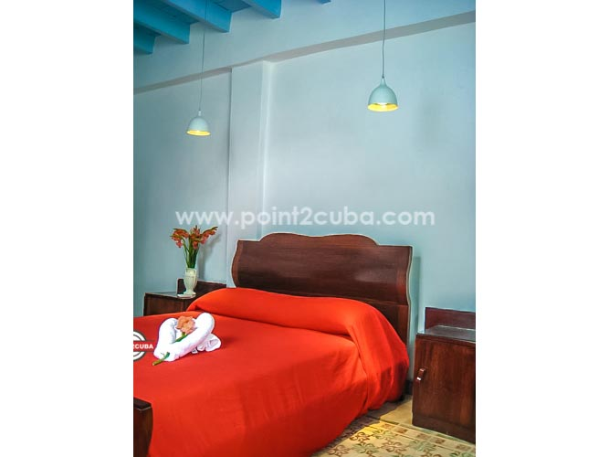 RHHVOF30 4BR/4BT Hostel in Old Havana