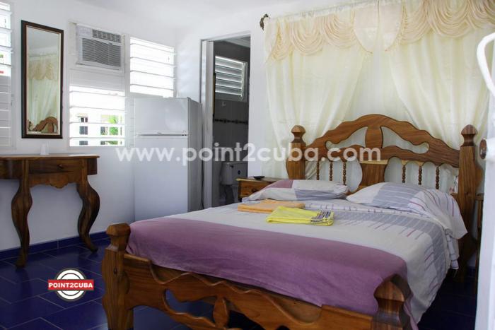 RHHEOF33 10BR/10BT Casa La Pimienta with POOL in Boca Ciega