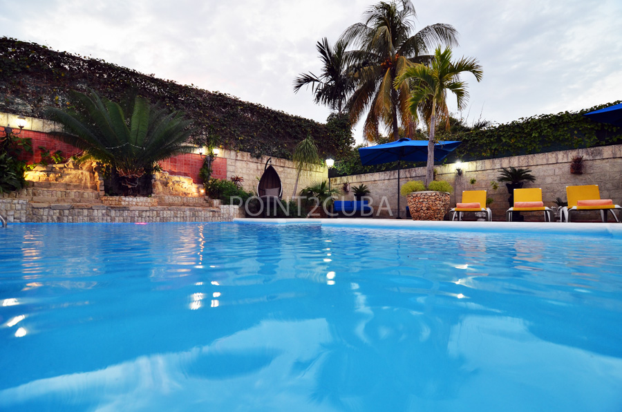 The Complete Guide to DIY Pool Maintenance – Cuba Vacation ...