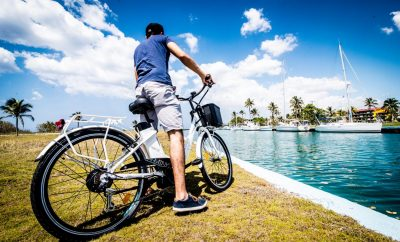 TAKING HAVANA BY BICYCLE