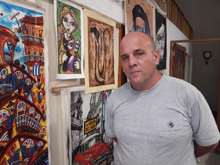 Eladio Miranda man in charge of Art Gallery Obispo 453