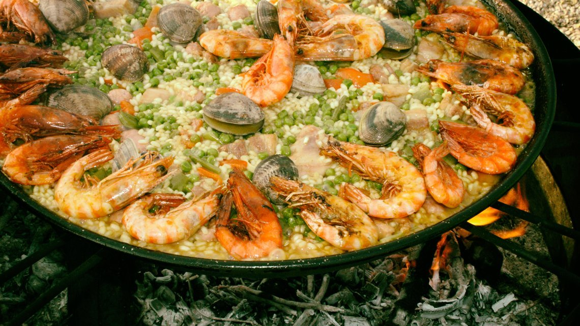 Find out Some Spanish Cuisine on Havana's streets